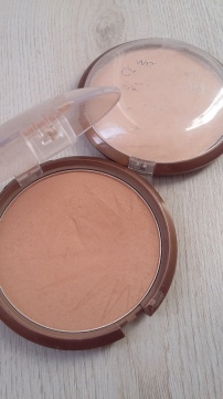 Bronzers en Ticket to Brazil y Reserve your Cabana